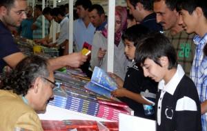 Tarhan TÜYAP Kitap Fuarı'nda okurlarıyla buluşuyor...