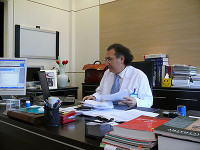 Prof. Dr. Tarhan, Psikiyatrist 3