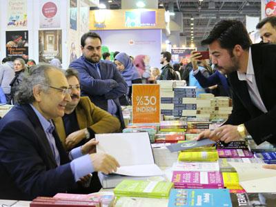 Prof. Dr. Tarhan, Yazar 2